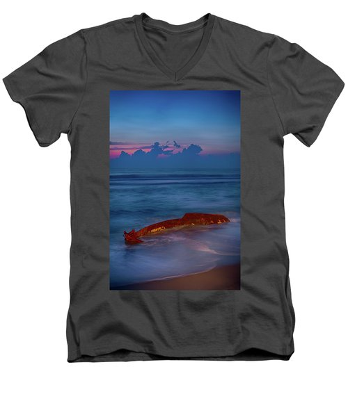 Shipwreck On The Outer Banks The End Men's V-Neck T-Shirt by Dan Carmichael