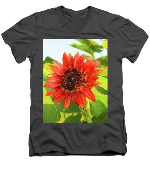 Short Bloom Men's V-Neck T-Shirt