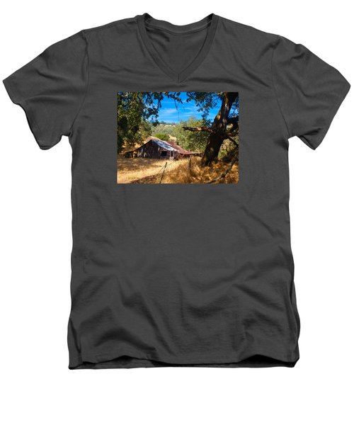 Men's V-Neck T-Shirt featuring the photograph Short Legged Barn by Laura Ragland