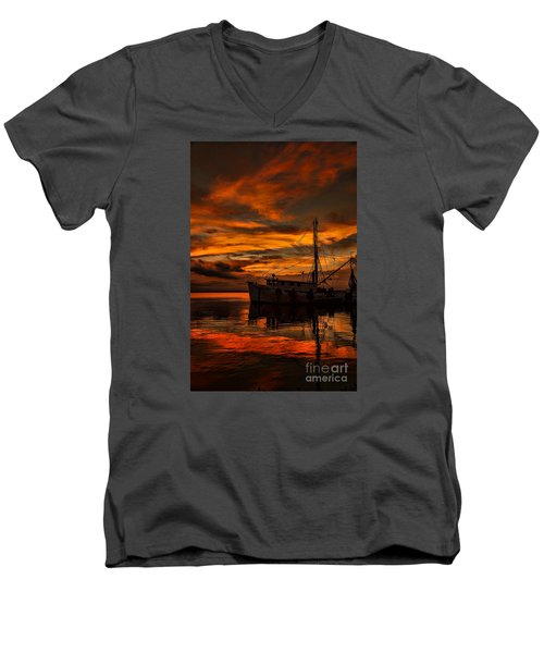 Shrimp Boat Sunset Men's V-Neck T-Shirt