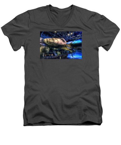 Shuttle Atlantis Men's V-Neck T-Shirt