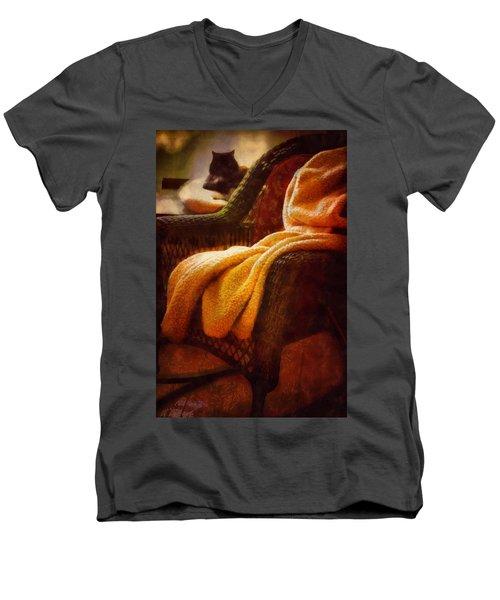 Siesta Dreams Men's V-Neck T-Shirt