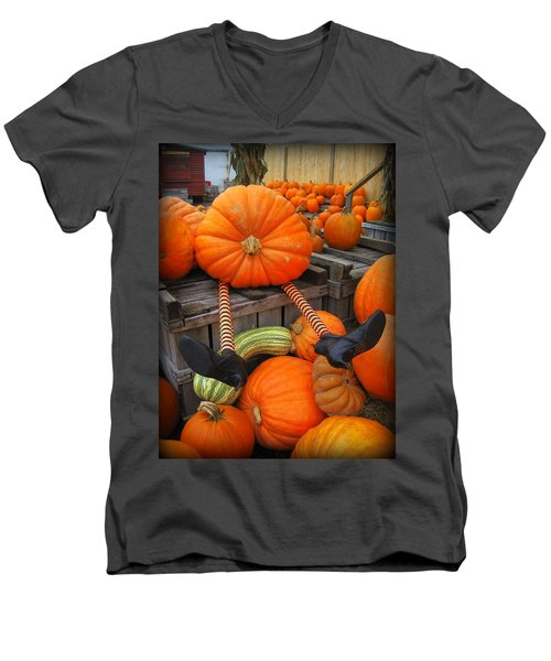Silly Pumpkin Men's V-Neck T-Shirt