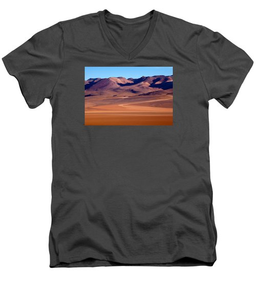 Siloli Desert Men's V-Neck T-Shirt