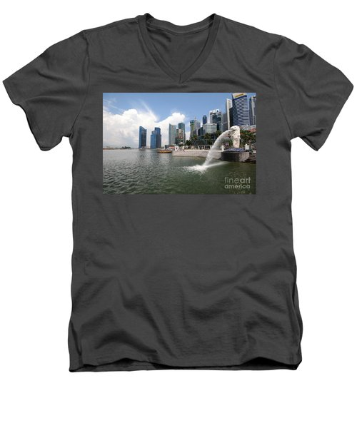 Singapore Men's V-Neck T-Shirt
