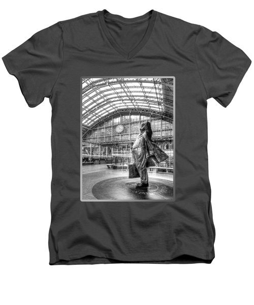 Sir John Betjeman Statue And Clock At St Pancras Station In Black And White Men's V-Neck T-Shirt
