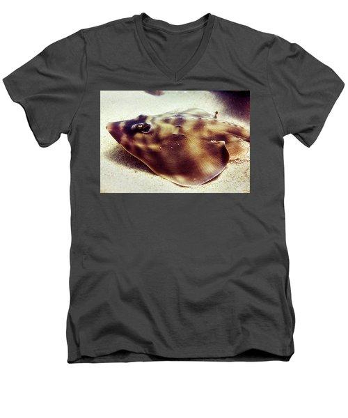 Skate Men's V-Neck T-Shirt