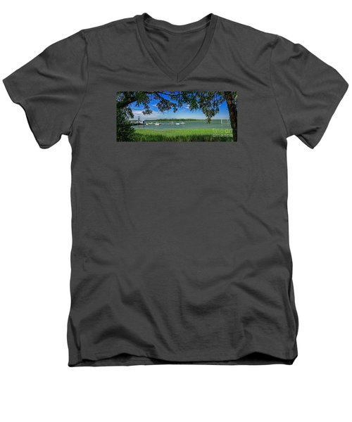 Skull Creek Area Men's V-Neck T-Shirt