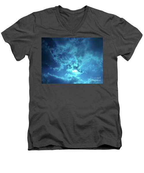 Skybreak Men's V-Neck T-Shirt