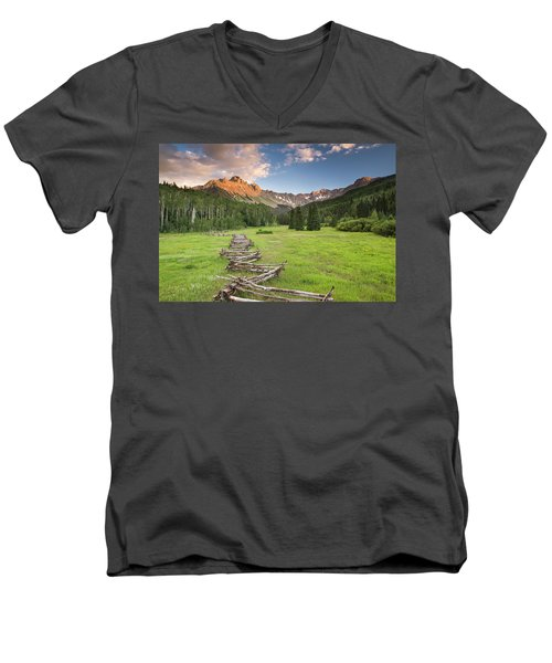Sneffels Fence Horizontal Men's V-Neck T-Shirt