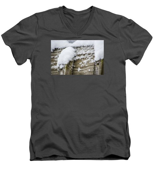 Snow Fluff And Woodgrain Men's V-Neck T-Shirt