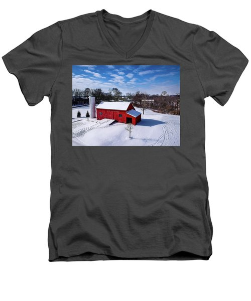Snowy Barn Men's V-Neck T-Shirt