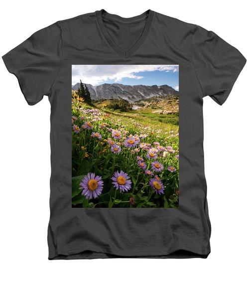 Snowy Range Flowers Men's V-Neck T-Shirt