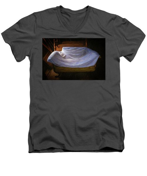 Sofa In Barn Men's V-Neck T-Shirt