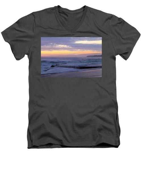 Soft Light On Victoria Beach Men's V-Neck T-Shirt