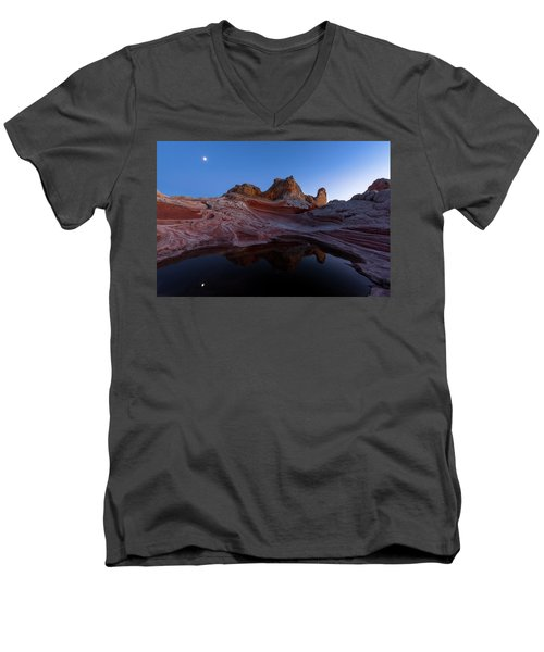 Men's V-Neck T-Shirt featuring the photograph Song Of The Desert by Dustin LeFevre