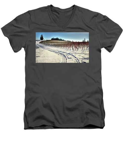 Soter Vineyard Winter Men's V-Neck T-Shirt