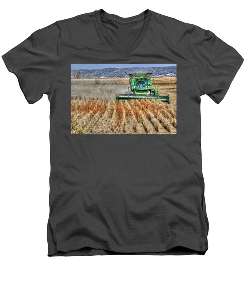 Soybean Harvest Fremont County Iowa Men's V-Neck T-Shirt