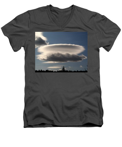 Spacecloud Men's V-Neck T-Shirt