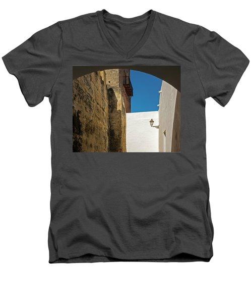 Spanish Street Men's V-Neck T-Shirt