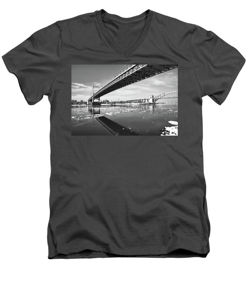 Spanning Bridges Men's V-Neck T-Shirt
