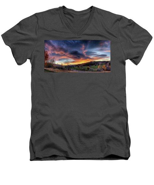 Spearfish Canyon Golf Club Sunrise Men's V-Neck T-Shirt