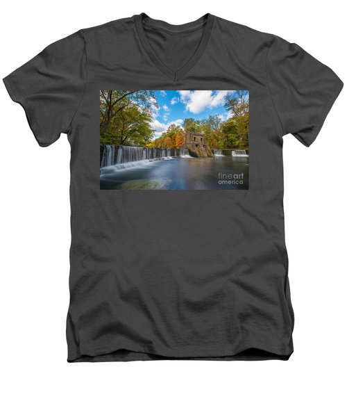Speedwell Dam Fall Foliage Men's V-Neck T-Shirt