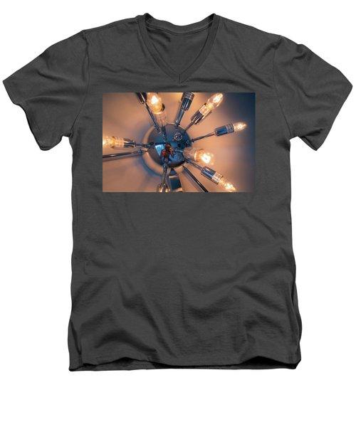 Spider Light Reflected Portrait Men's V-Neck T-Shirt