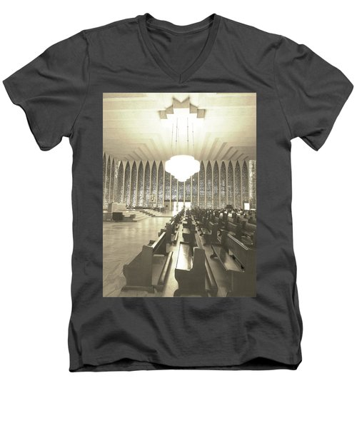 Men's V-Neck T-Shirt featuring the photograph Spritual Connection by Beto Machado