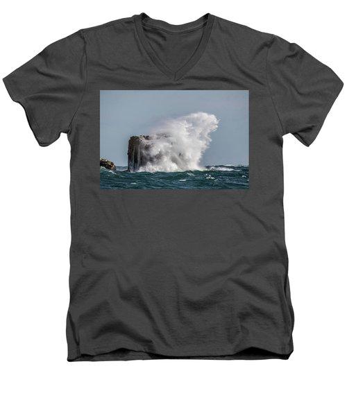 Men's V-Neck T-Shirt featuring the photograph Splash by Paul Freidlund