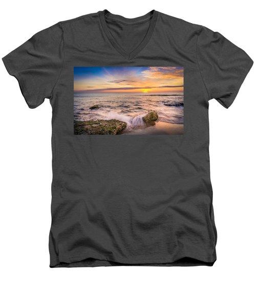 Splashing Waves. Men's V-Neck T-Shirt