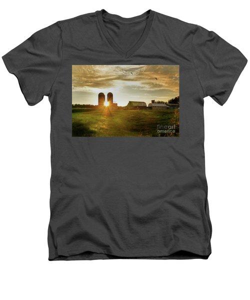 Split Silo Sunset Men's V-Neck T-Shirt