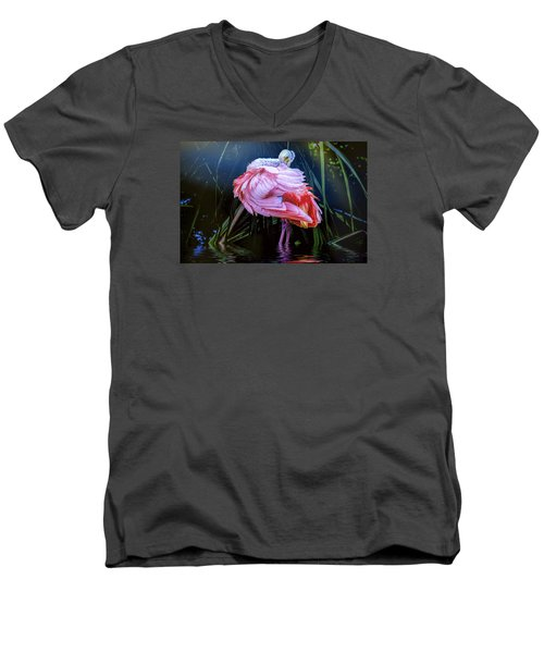 Men's V-Neck T-Shirt featuring the photograph Spoonbill Fandance by Brian Tarr