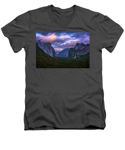 Spring Sunset At Yosemite's Tunnel View Men's V-Neck T-Shirt
