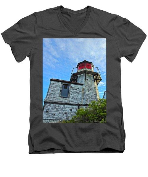 Squirrel Point Lighthouse Men's V-Neck T-Shirt