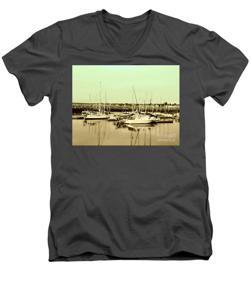 St. Lawrence Seaway Marina Men's V-Neck T-Shirt