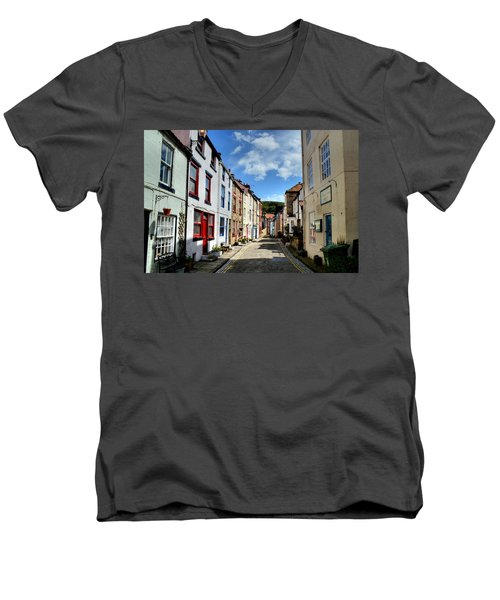 Staithes Men's V-Neck T-Shirt
