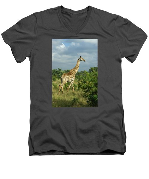 Standing Alone - Giraffe Men's V-Neck T-Shirt