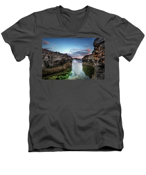 Standing At The Tip Of Sea Men's V-Neck T-Shirt