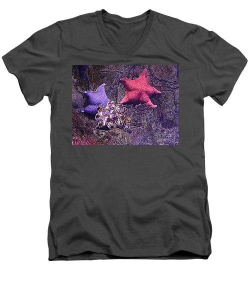 Men's V-Neck T-Shirt featuring the photograph Starfish Pink Starfish Blue by Richard W Linford