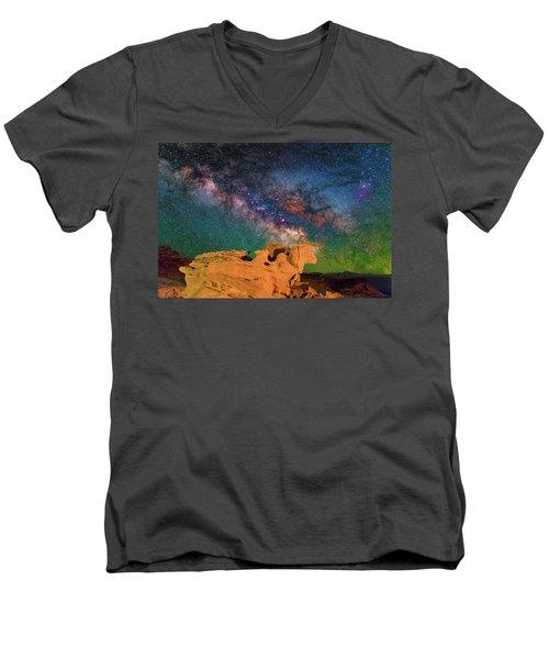 Stargazing Bull Men's V-Neck T-Shirt
