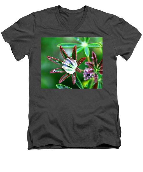 Starry Droplets Men's V-Neck T-Shirt