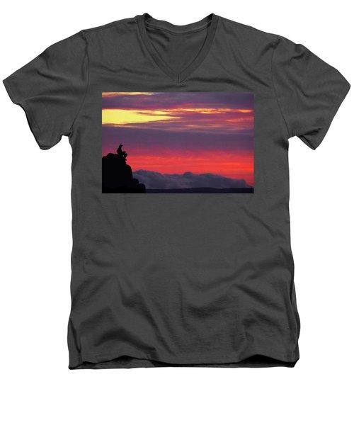 State Of Play Men's V-Neck T-Shirt