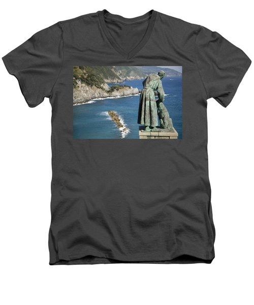 Statue Of Saint Francis Of Assisi Petting A Dog  Men's V-Neck T-Shirt