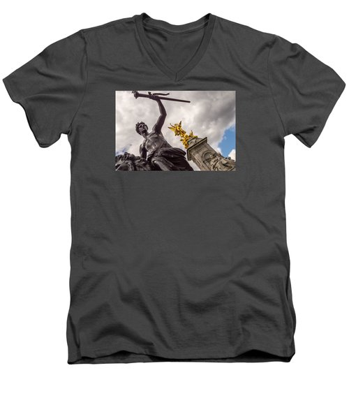 Statues In Front Of Buckingham Palace Men's V-Neck T-Shirt