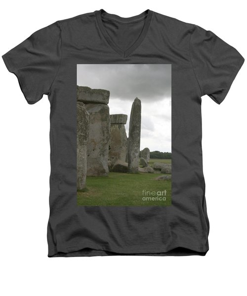 Stonehenge Side Pillars Men's V-Neck T-Shirt