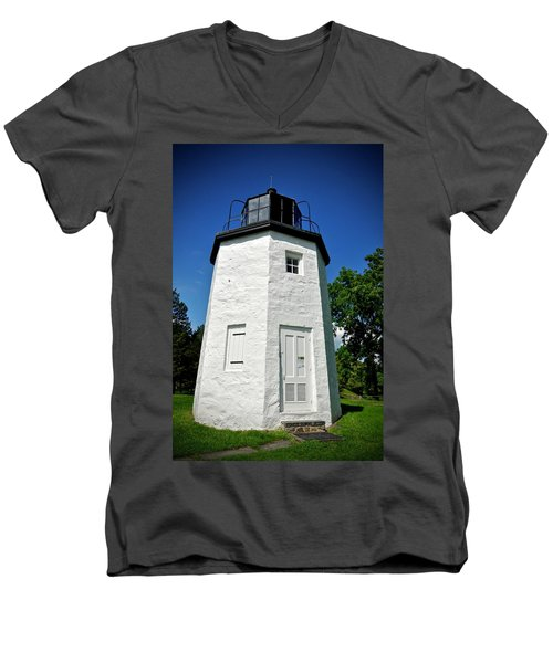 Stony Point Lighthouse Men's V-Neck T-Shirt