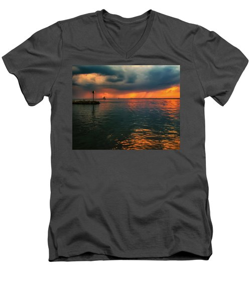 Storm In Lorain Ohio At The Lighthouse Men's V-Neck T-Shirt