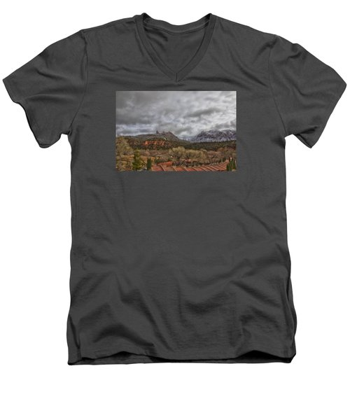 Storm Lifting Men's V-Neck T-Shirt