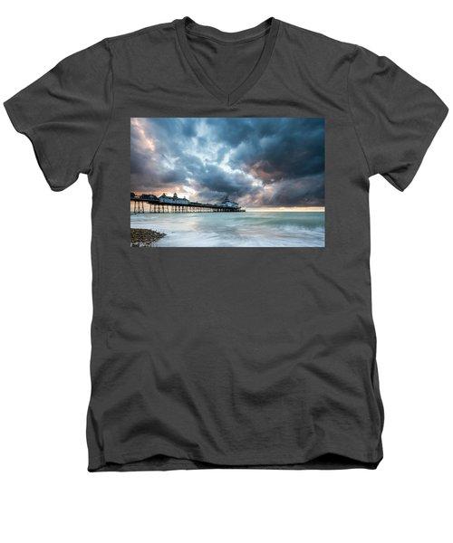 Stormy Sunrise Over Eastbourne Pier Men's V-Neck T-Shirt